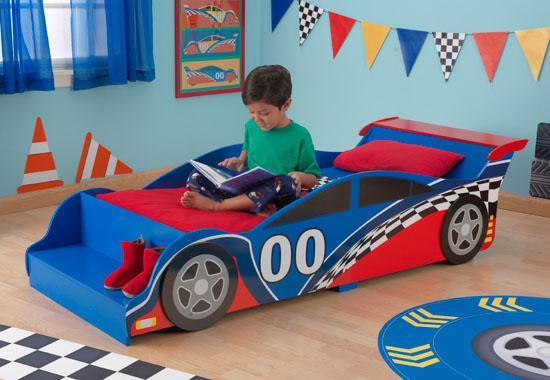 """Dětská postel dřevěná """"Závodní auto"""""""