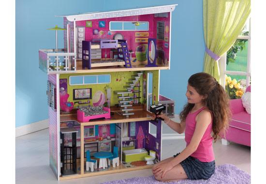 Domeček pro panenky moderní