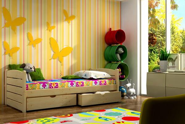Dětská dřevěná postel DP011
